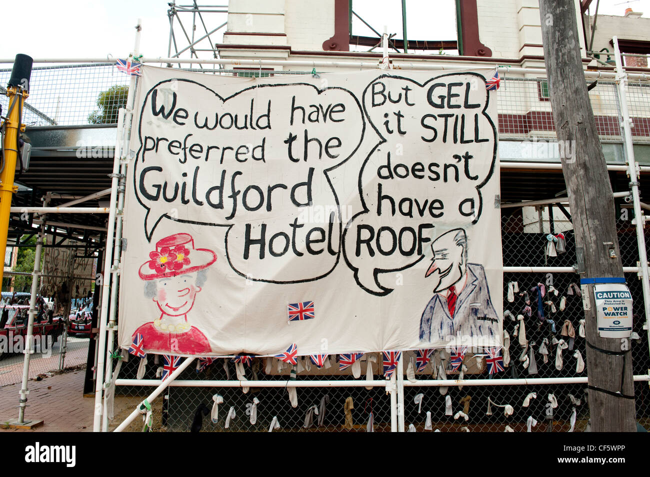 Firmar la vinculación de visita a Australia de la Reina Isabel a la falta de protección para el hotel Imagen De Stock