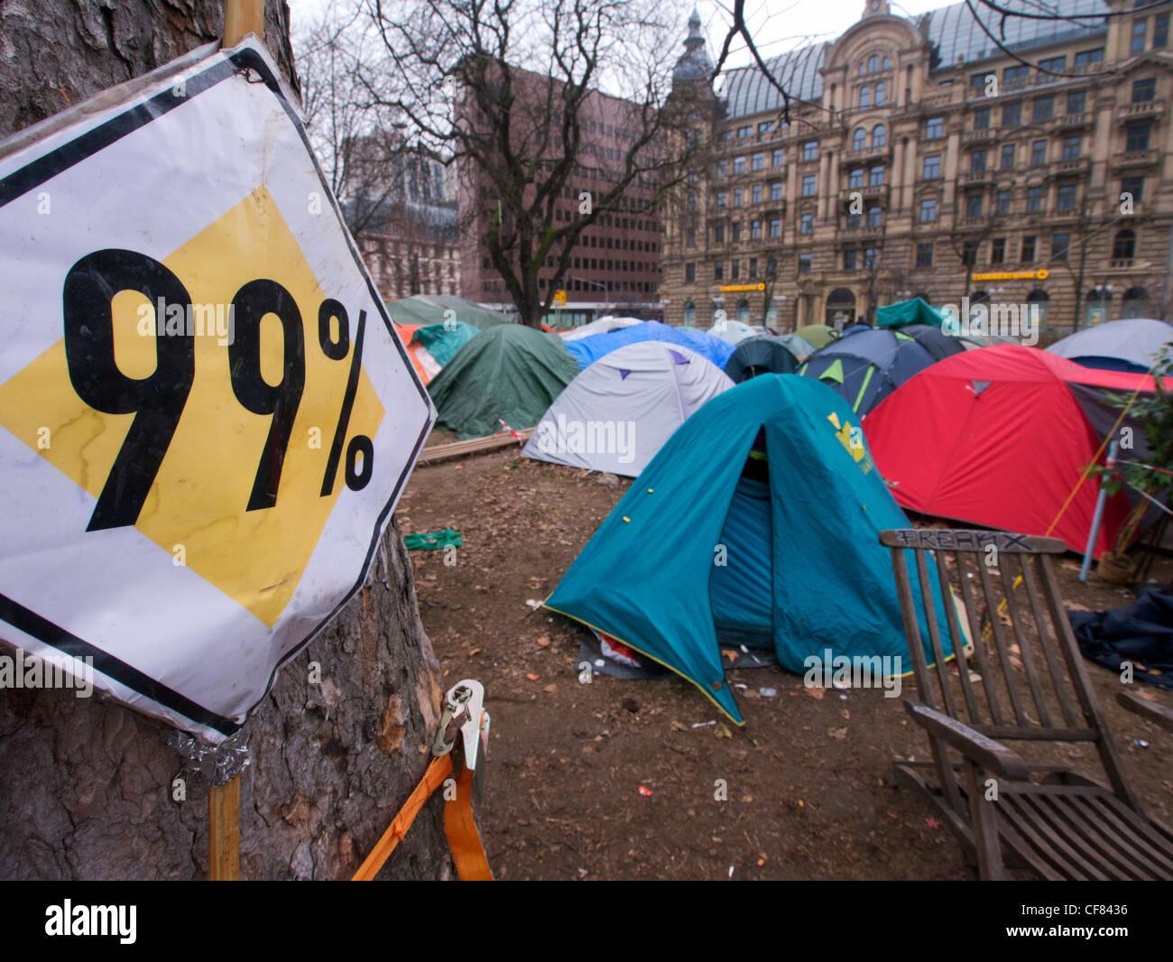 Sitio de ocupar Frankfurt sitio de protesta fuera del Banco Central Europeo (BCE) con sede en Frankfurt Alemania Imagen De Stock