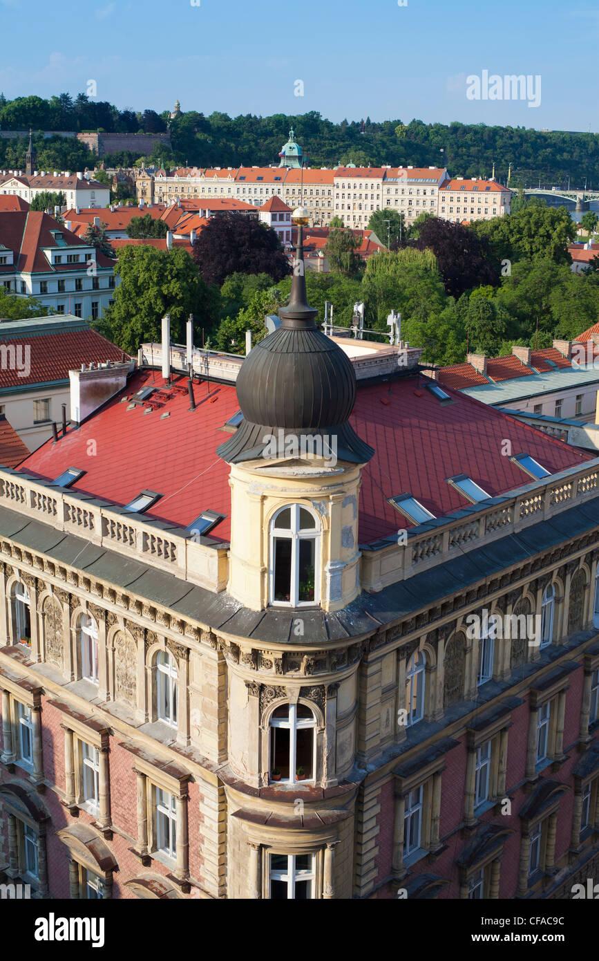 La arquitectura checa tradicional en la Ciudad Vieja de Praga, República Checa Imagen De Stock