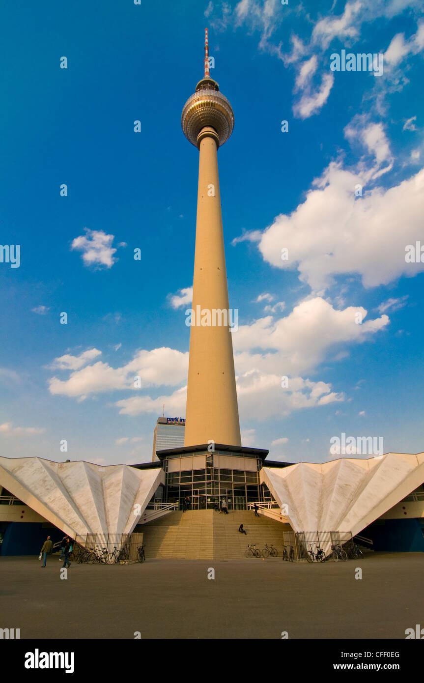 La torre de televisión de Berlín Oriental, Berlín, Alemania, Europa Imagen De Stock