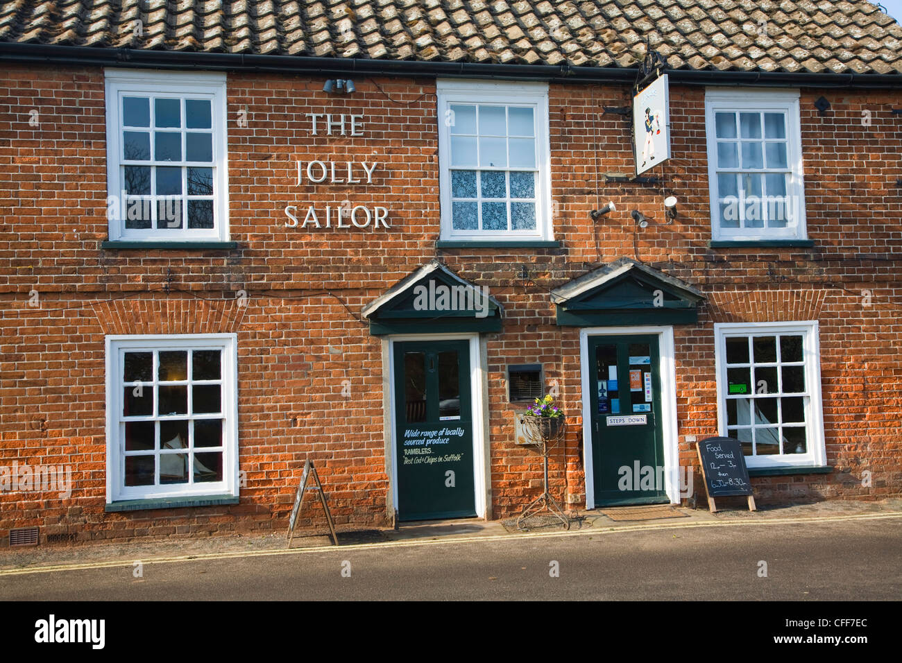 El pub Jolly Sailor Orford Suffolk Inglaterra Foto de stock