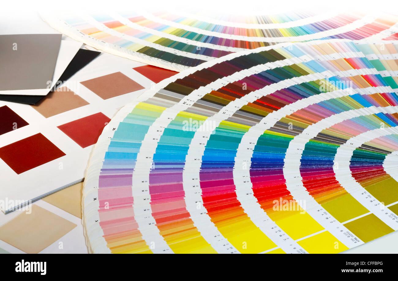 Una colección de muestras de color para la selección de color Imagen De Stock