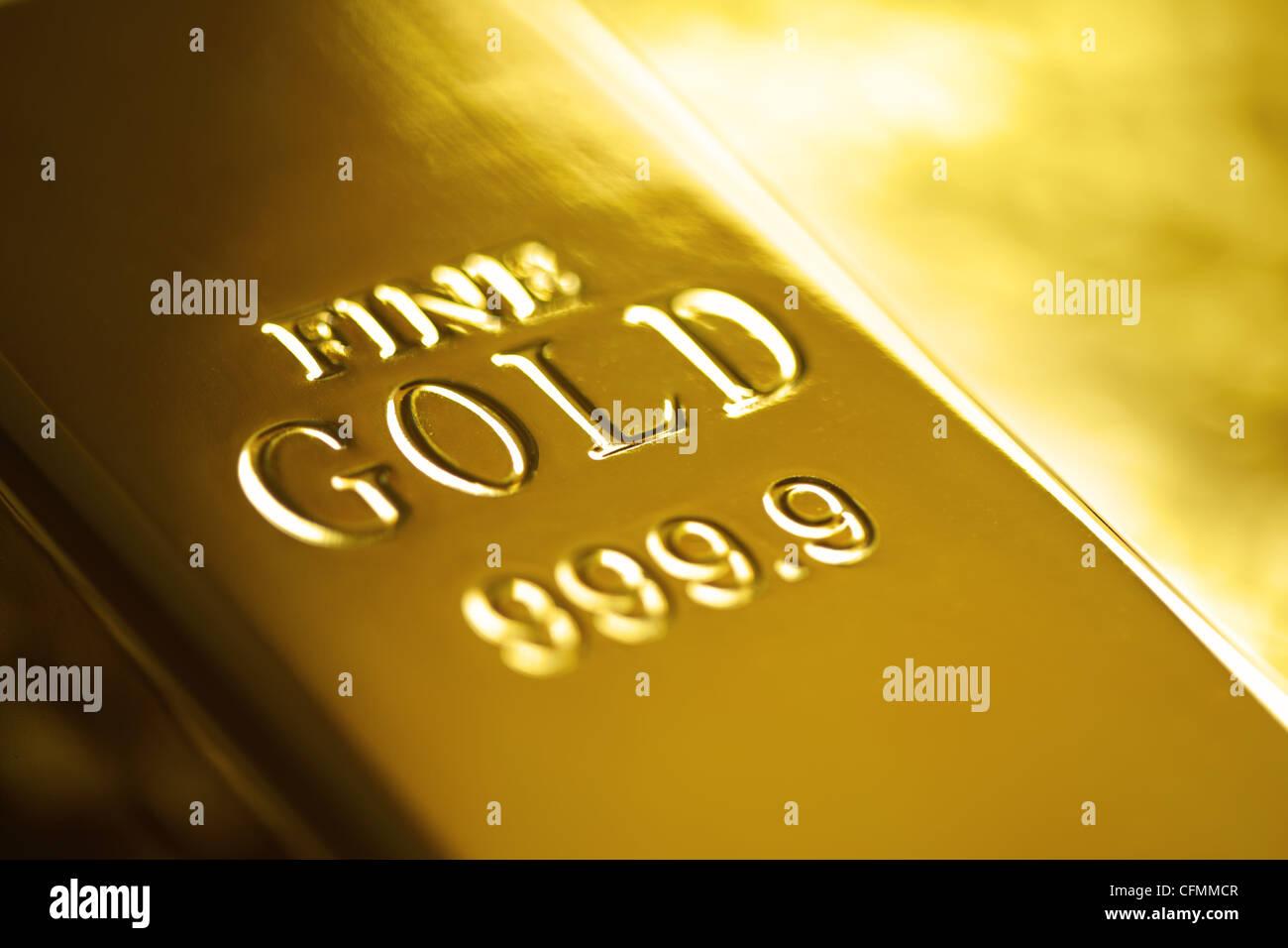 Lingote de oro Imagen De Stock