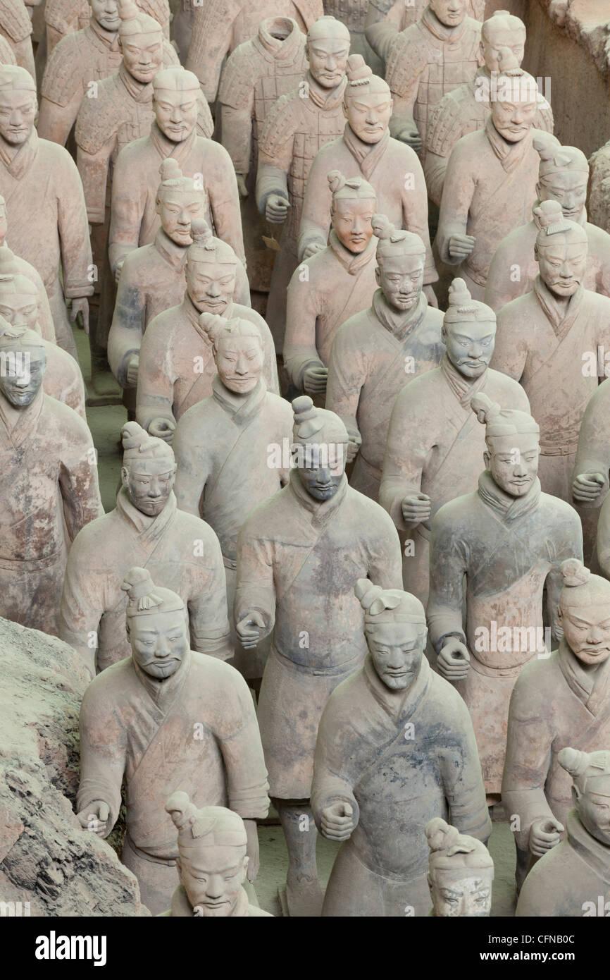 Ejército de guerreros de terracota, el hoyo número 1, Xian, provincia de Shaanxi, China, Asia Imagen De Stock