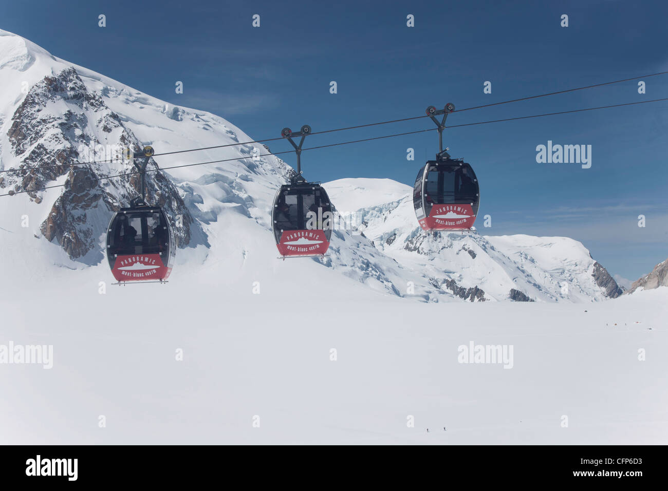 El teleférico, Chamonix, Haute Savoie, Alpes franceses, Francia, Europa Imagen De Stock
