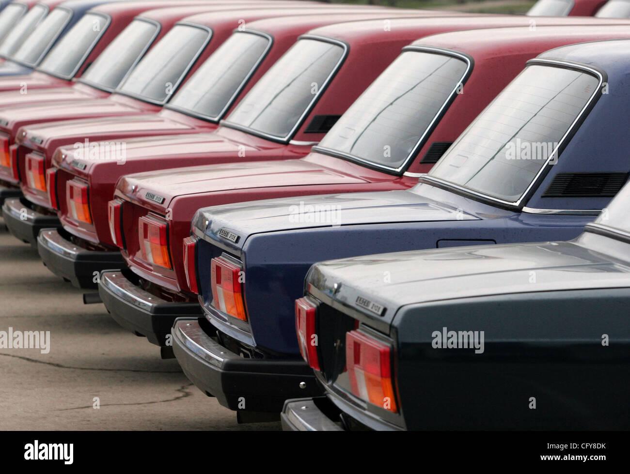 Nueva marca de automóviles ruso Lada listos para la venta. Lada ...