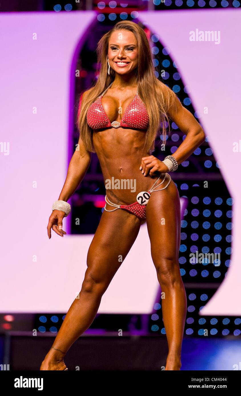Мисс бикини олимпия 2012 работа девушка модель для 12 лет