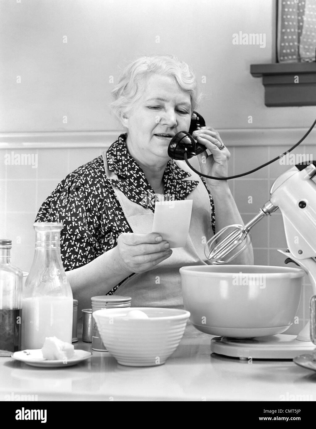 1940 la mujer ama de casa abuela cocinar en la cocina for Cocinar con 5 soles
