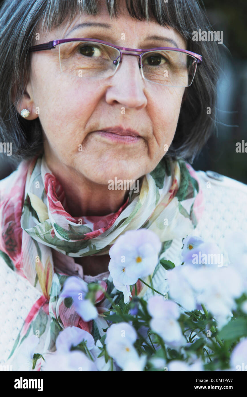 Retrato de una mujer mayor Imagen De Stock