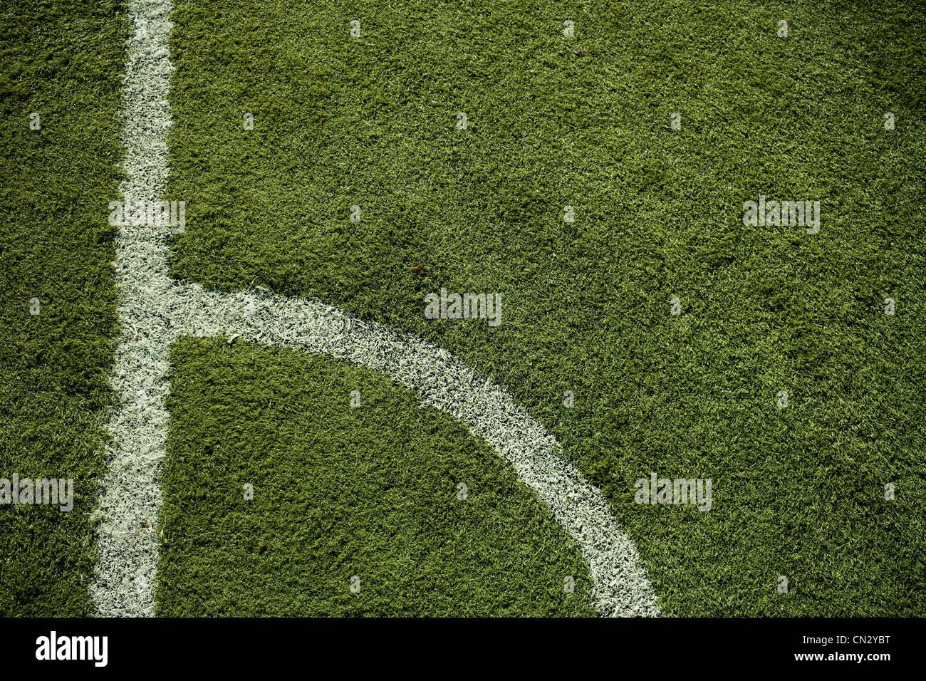 Marcas de línea en campo de fútbol Imagen De Stock