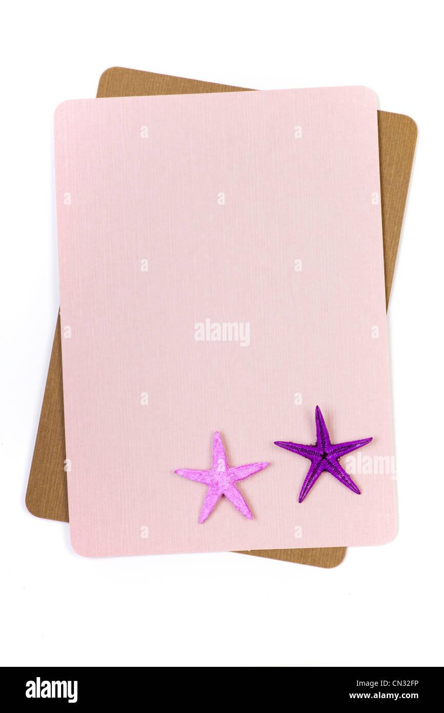 Hoja de papel con starfish en esquina Imagen De Stock