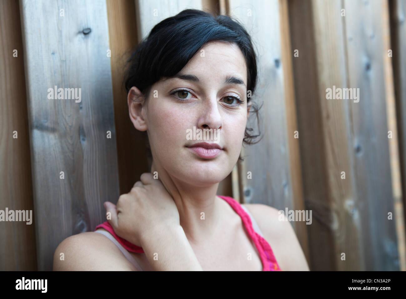 Retrato de una mujer joven Imagen De Stock