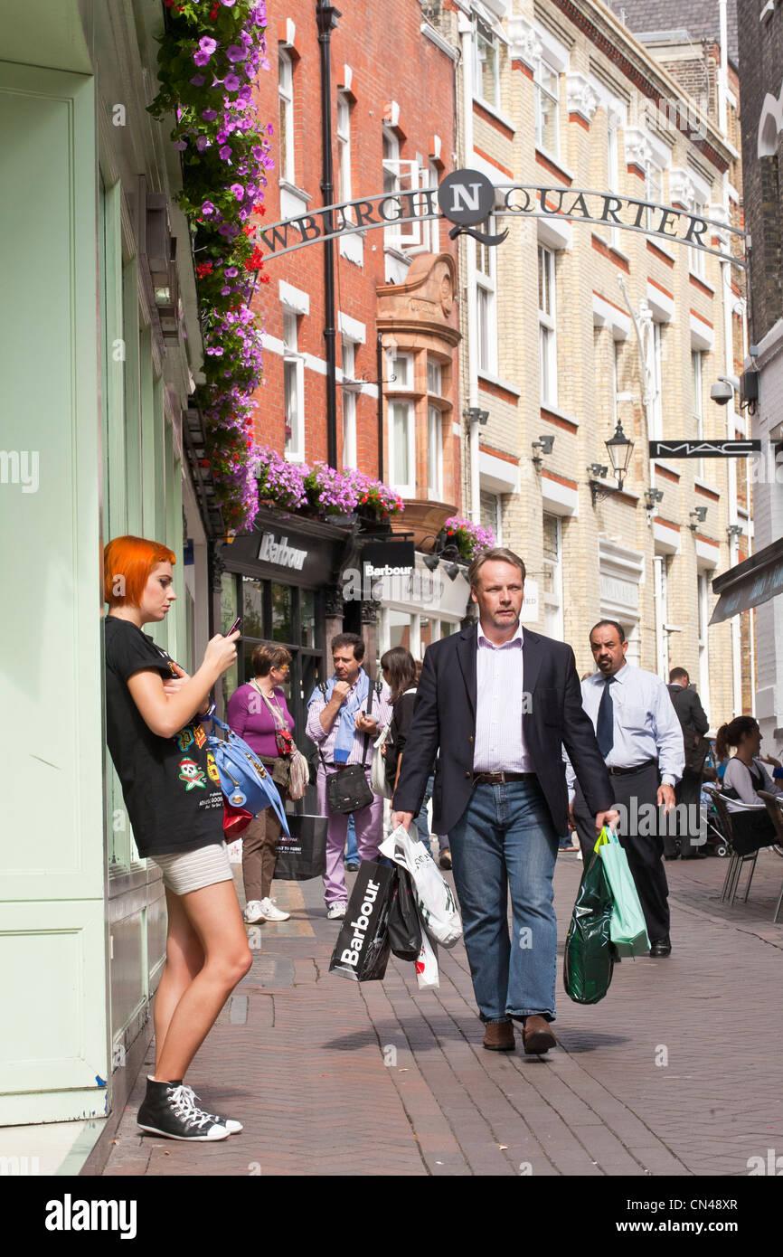 Reino Unido, Londres, Carnaby, Newburgh Trimestre, calle peatonal Foto de stock