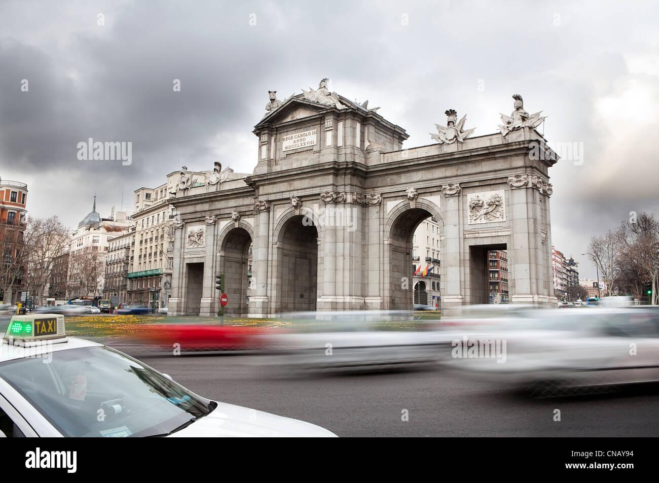 Time lapse vista del tránsito en la ciudad Foto de stock
