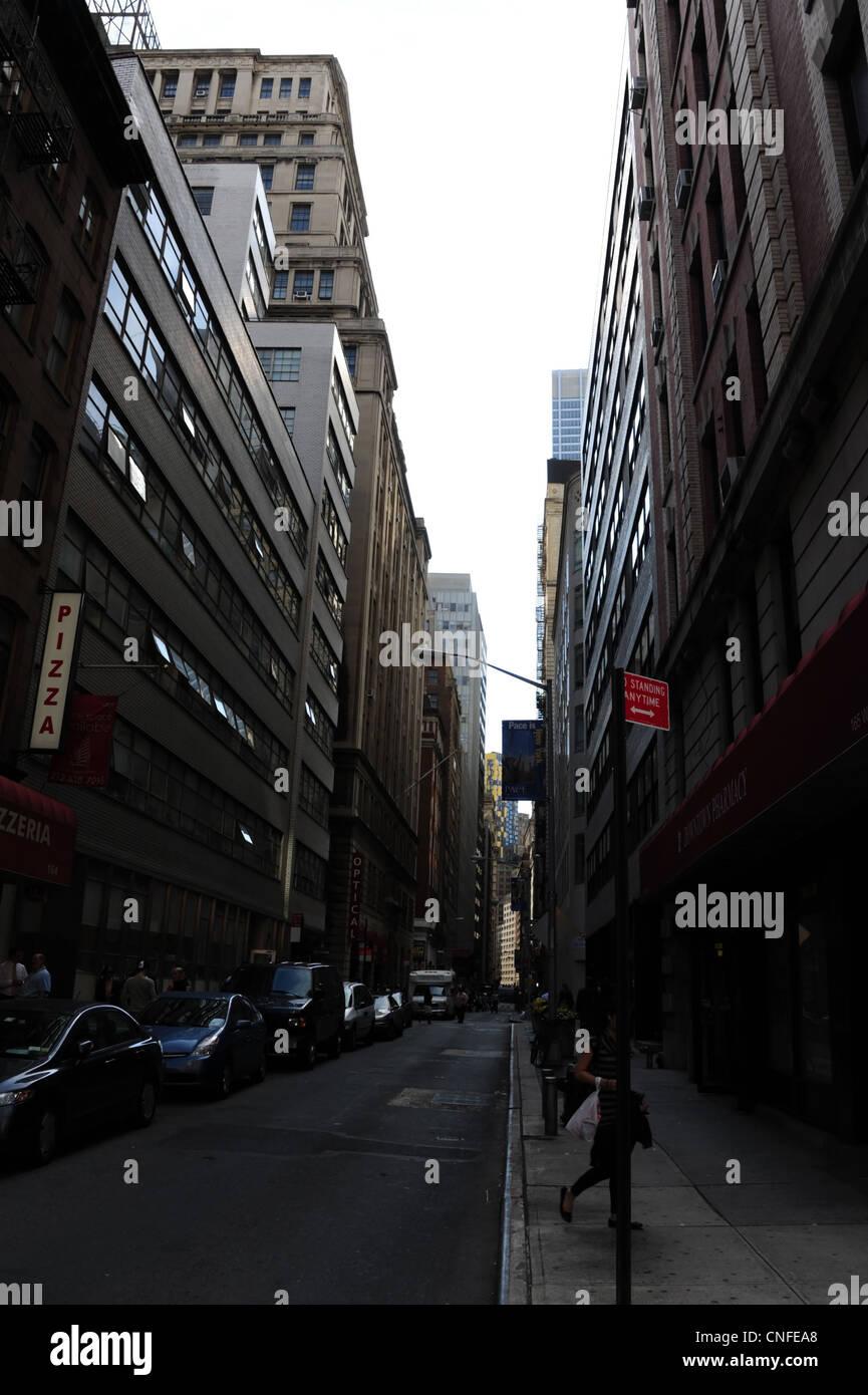 Street Lamp 1 Rising Right Foreground Imágenes De Stock   Street ... 56fe1cb0e0f