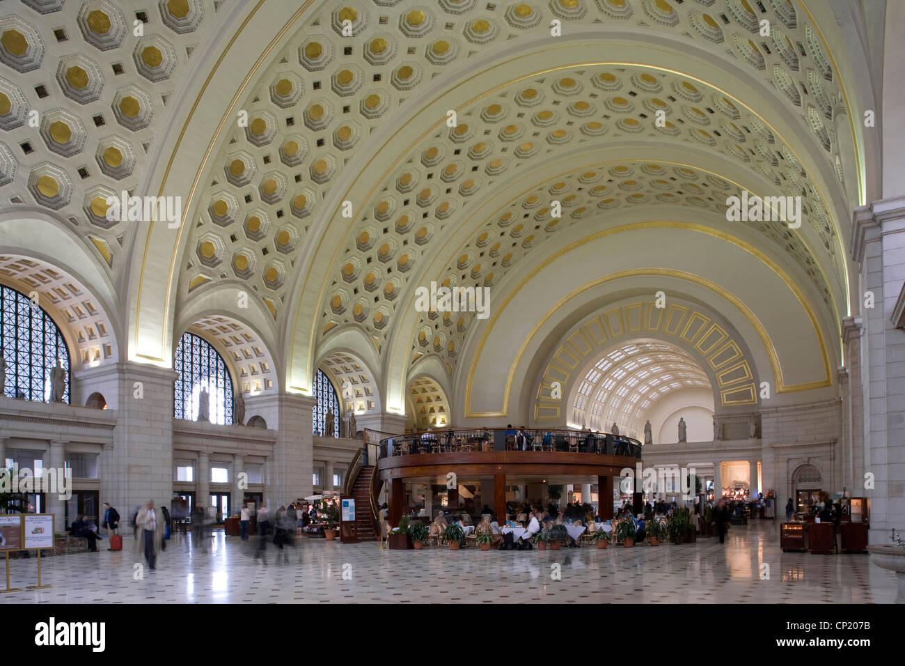 Sala principal, la estación Union, Washington, D.C., EE.UU., los arquitectos: arquitectos: Daniel Burnham, asistida por Pierce Anderson Foto de stock