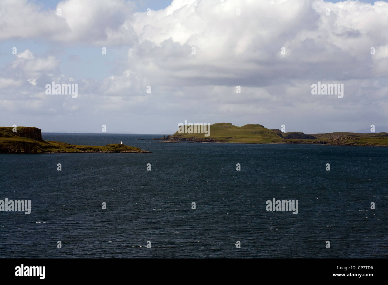 Punto Ardtreck Loch Harport desde Bracadale Isla de Skye Escocia Foto de stock