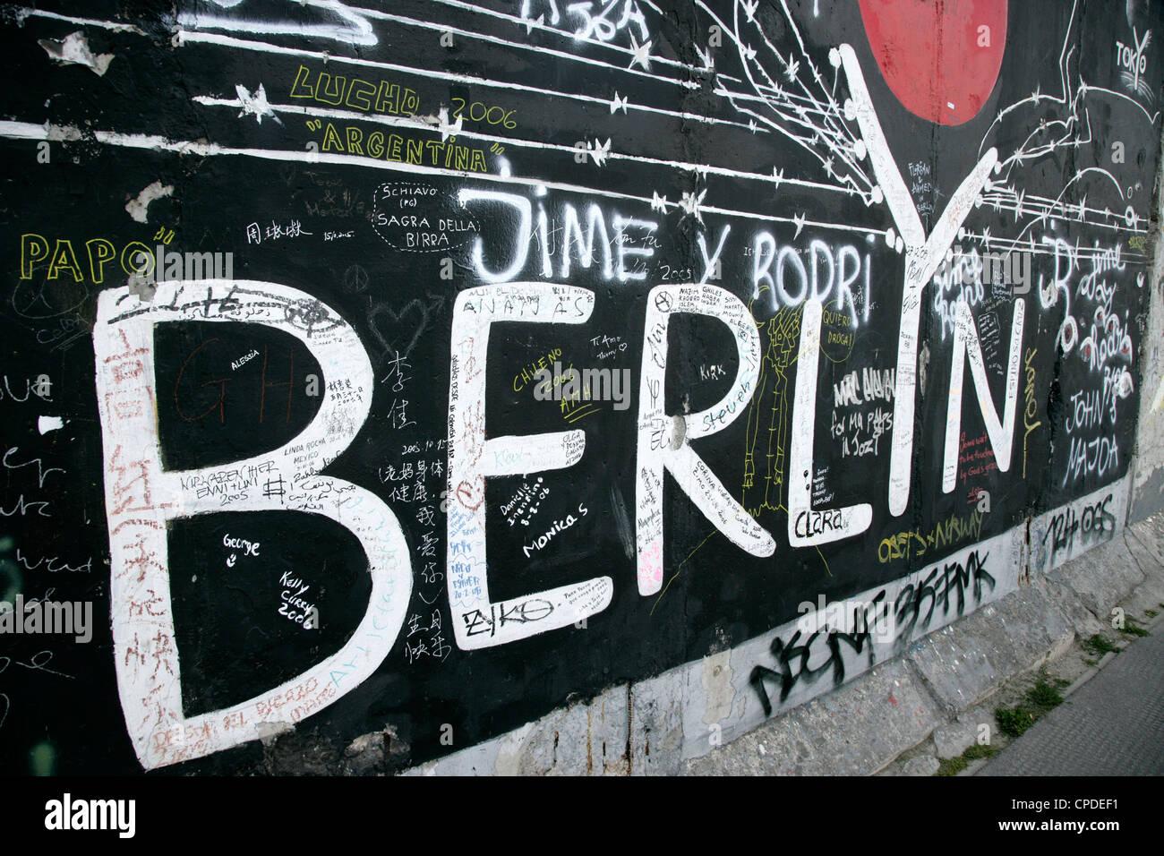 East Side Gallery, Museo del Muro de Berlín, Berlín, Alemania, Europa Imagen De Stock