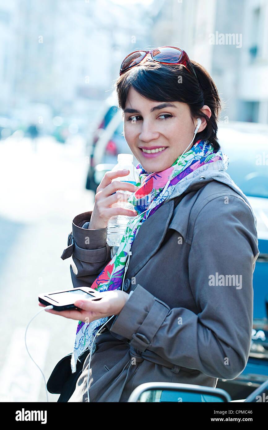 Mujer al teléfono Imagen De Stock