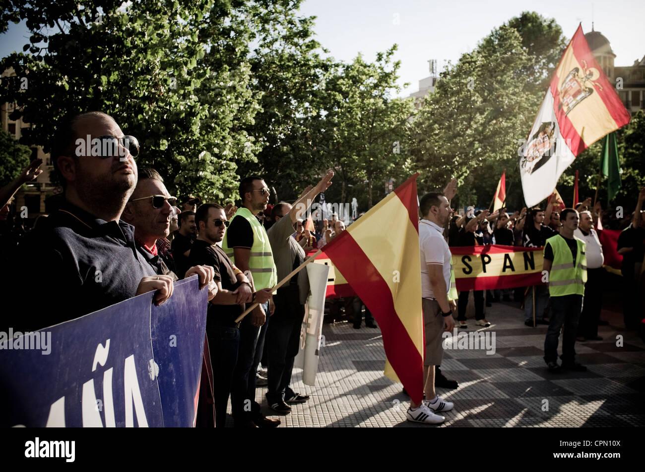 Demostración de extrema derecha en Madrid, España, organizado por la falange y el Nudo Patriota Español, el Movimiento Foto de stock