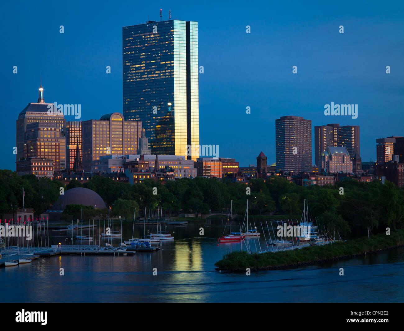 Boston y el Charles River visto desde Longfellow Bridge Imagen De Stock