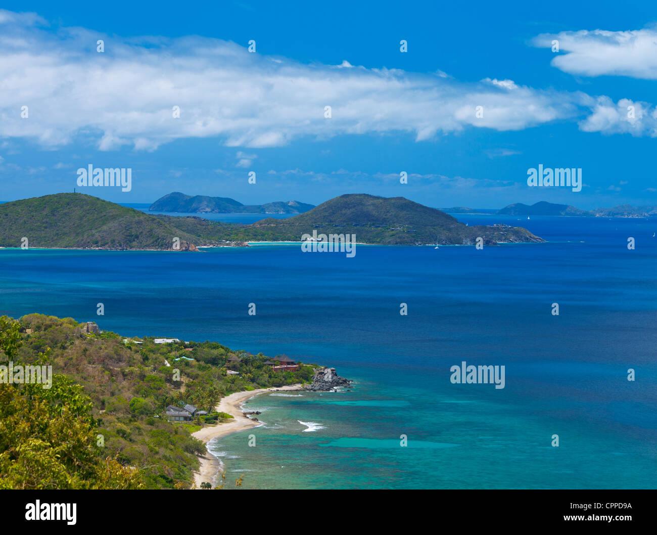 Virgen Gorda, Islas Vírgenes Británicas, el Caribe Vista de Tórtola en el Sir Francis Drake Channel Imagen De Stock