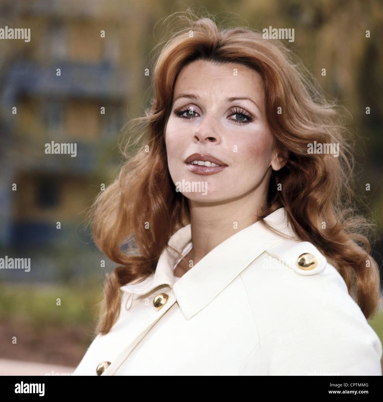 Berger, Senta, * 13.5.1941, actriz austriaca, retrato, 1970, , Foto de stock