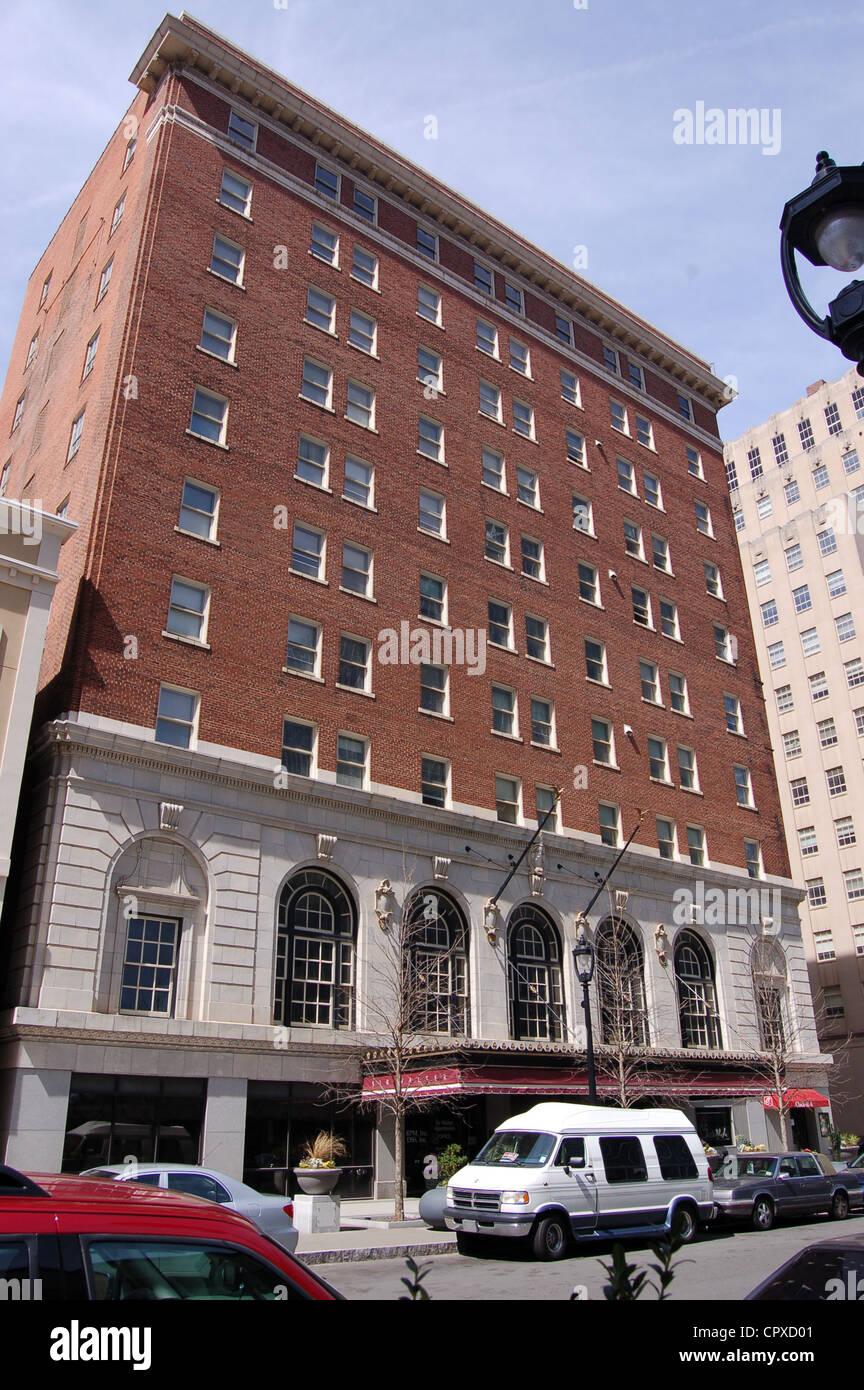 La Sir Walter Raleigh Hotel en el centro de Raleigh, Carolina del Norte Foto de stock