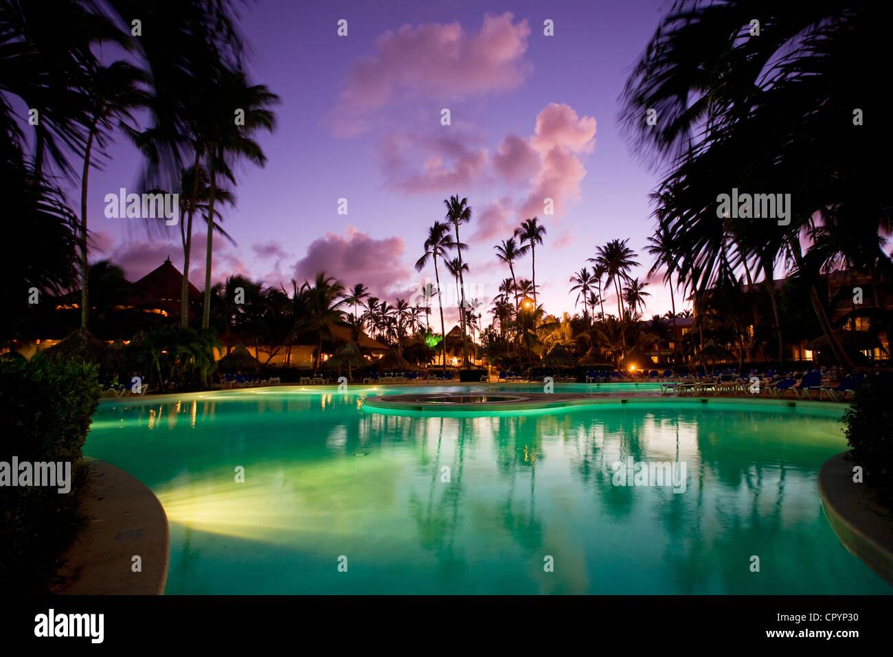 República Dominicana, provincia de La Altagracia, Punta Cana, Playa Bávaro, Arena Blanca Hotel Foto de stock
