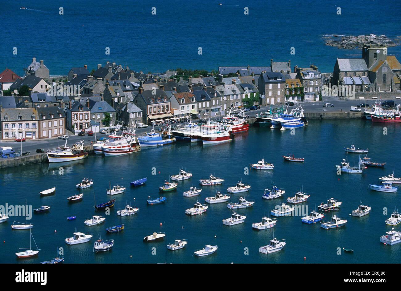 Francia, Manche, Costa Oriental de Cotentin, Barfleur (vista aérea) Foto de stock