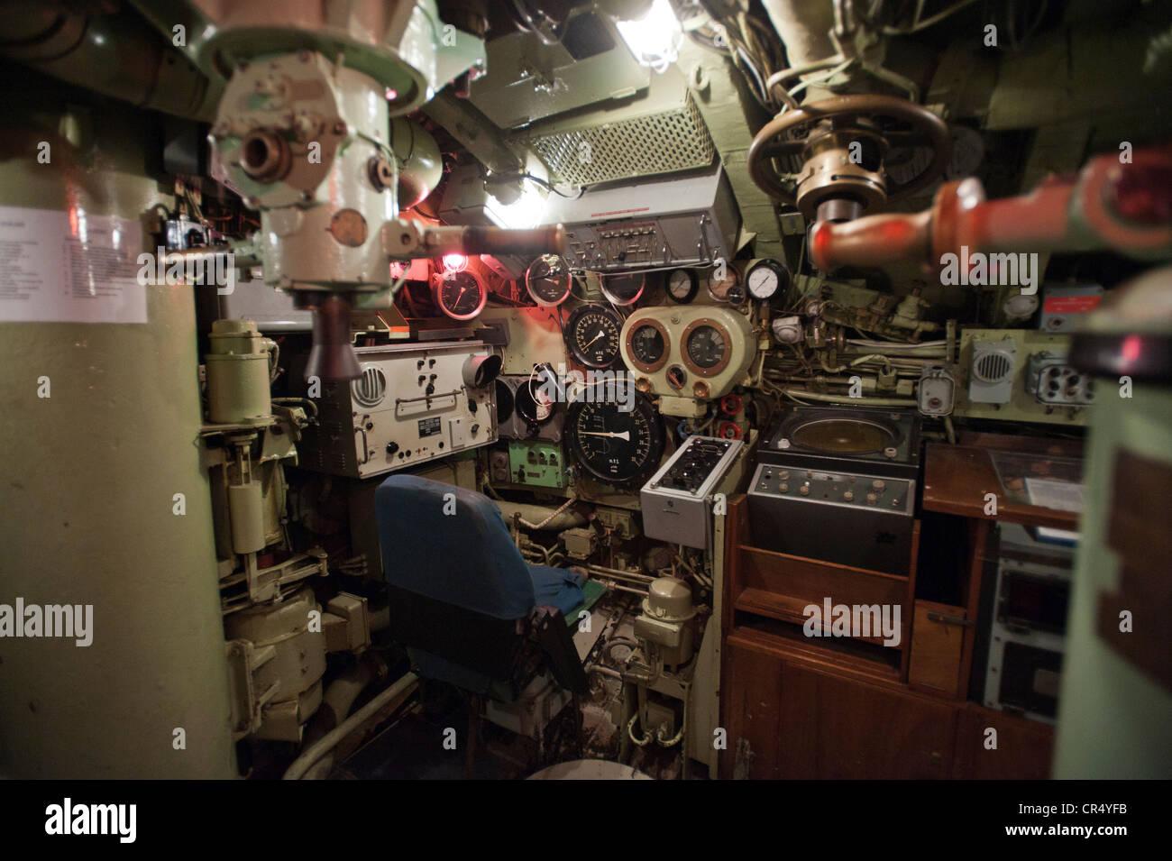 Barco submarino, command center, el Museo Naval y Marítimo, Aalborg, región norte de Jutlandia, Dinamarca, Imagen De Stock