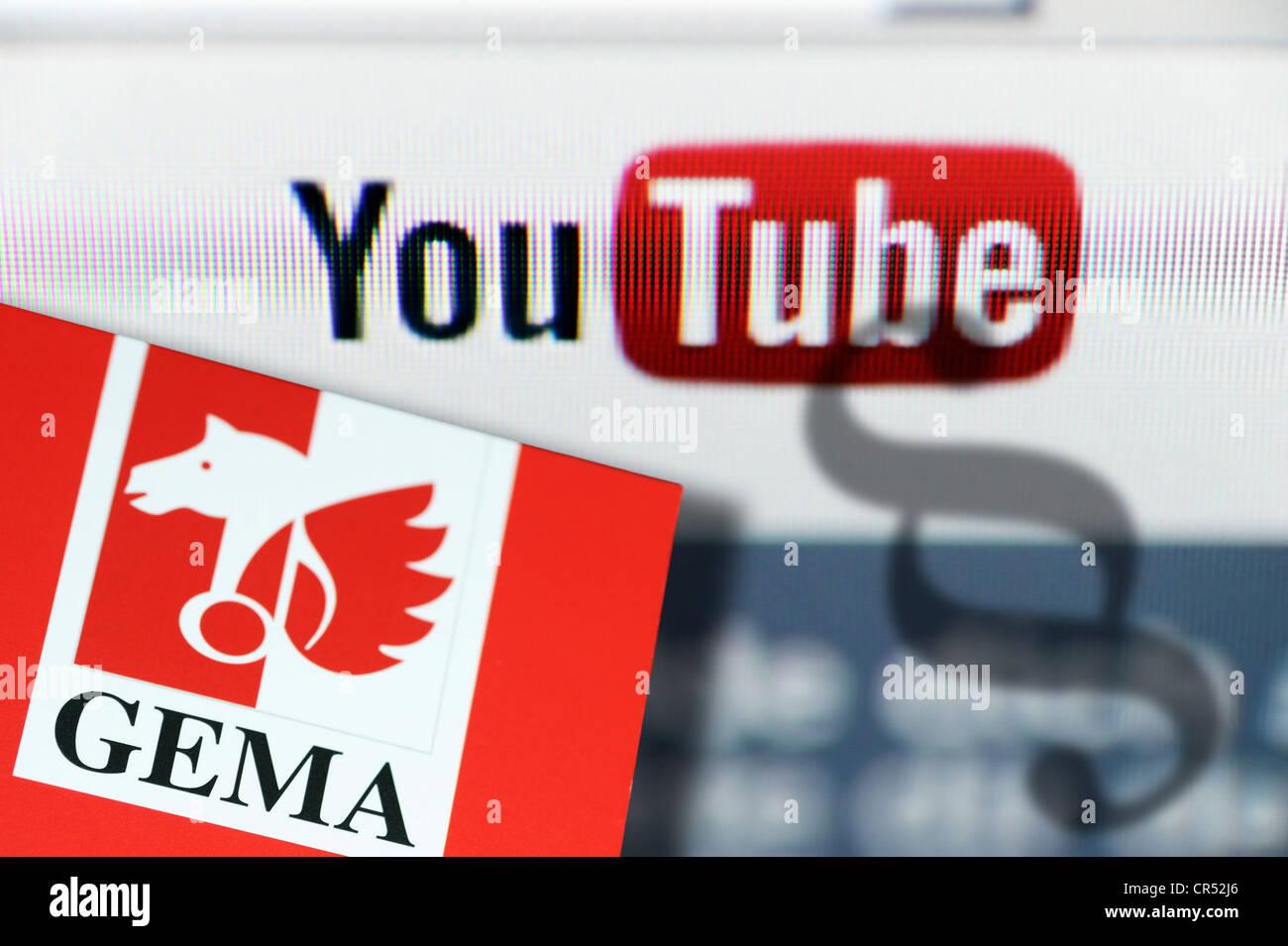 Portal de vídeos YouTube logo y GEMA copyright asociación logotipo, signo jurídico alemán, imagen simbólica Foto de stock
