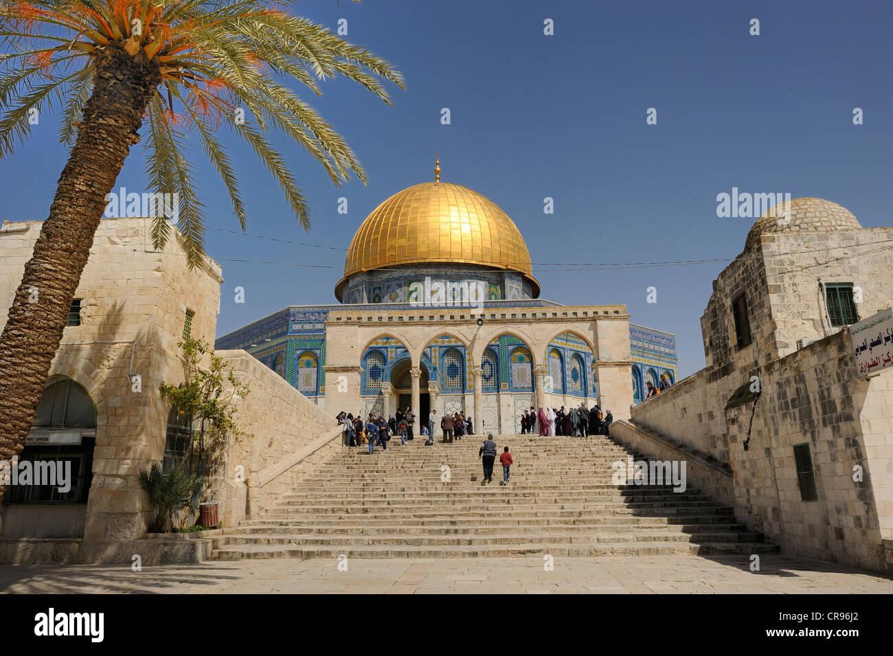 Las escaleras a la Cúpula de la roca en el Monte del Templo, el Barrio Musulmán, la Ciudad Vieja, Jerusalén, Imagen De Stock