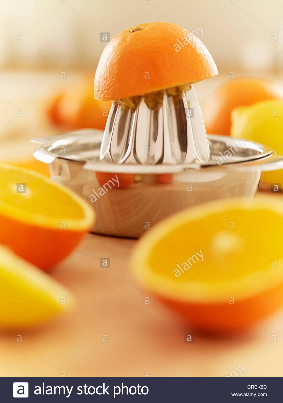 Y exprimidor de naranjas Imagen De Stock