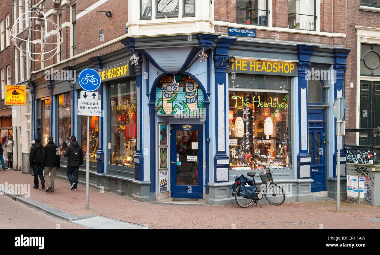Headshop, Amsterdam, Holanda - un lugar famoso para comprar equipos de fumar droga legal Imagen De Stock
