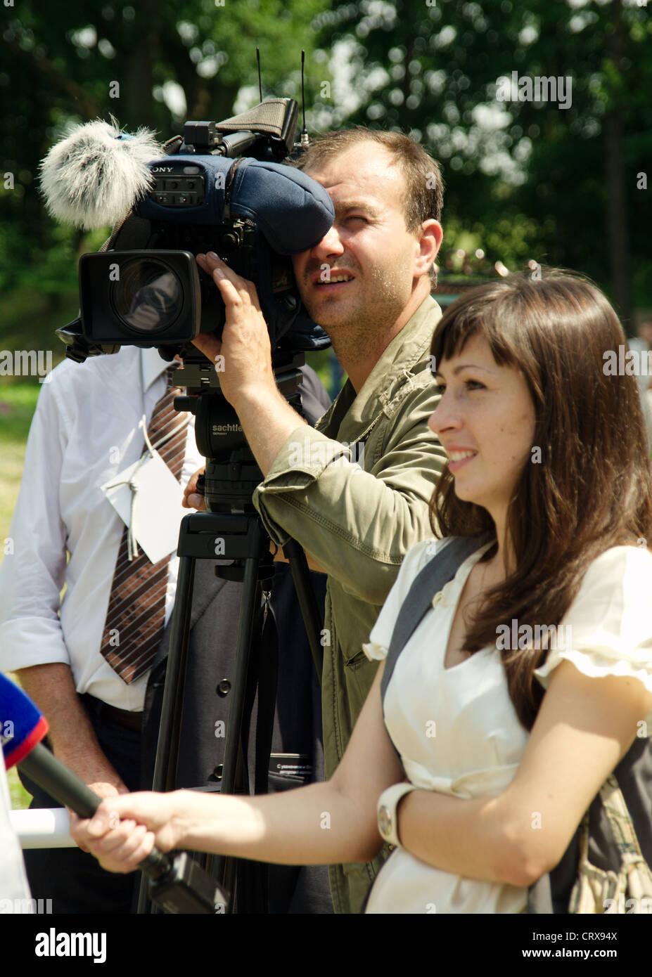 El camarógrafo y corresponsal Imagen De Stock