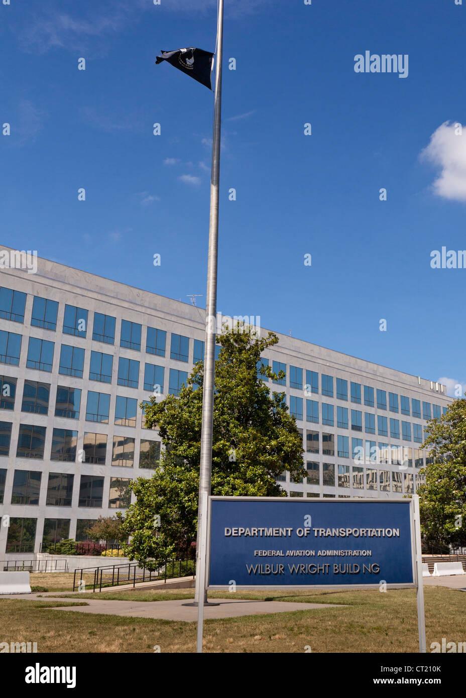 La sede del Departamento de Transporte de los Estados Unidos Imagen De Stock