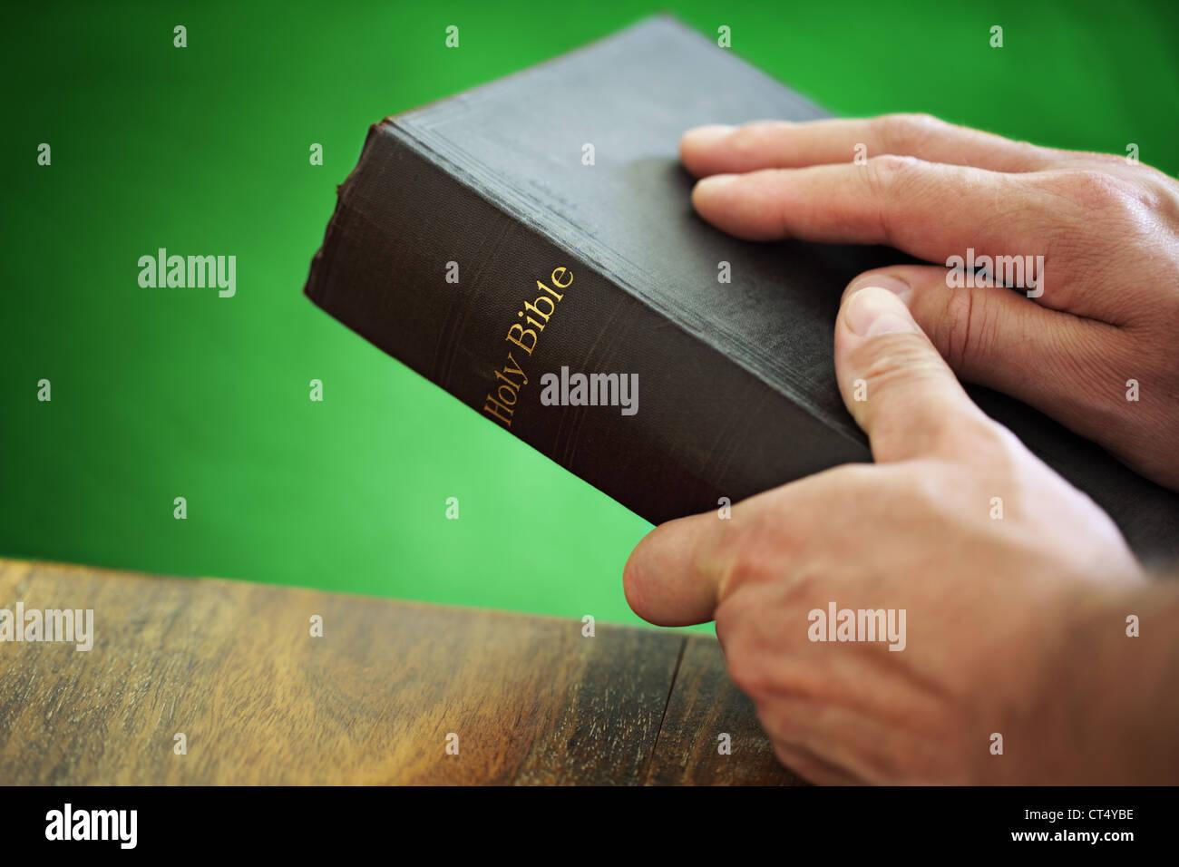La Santa Biblia Foto de stock