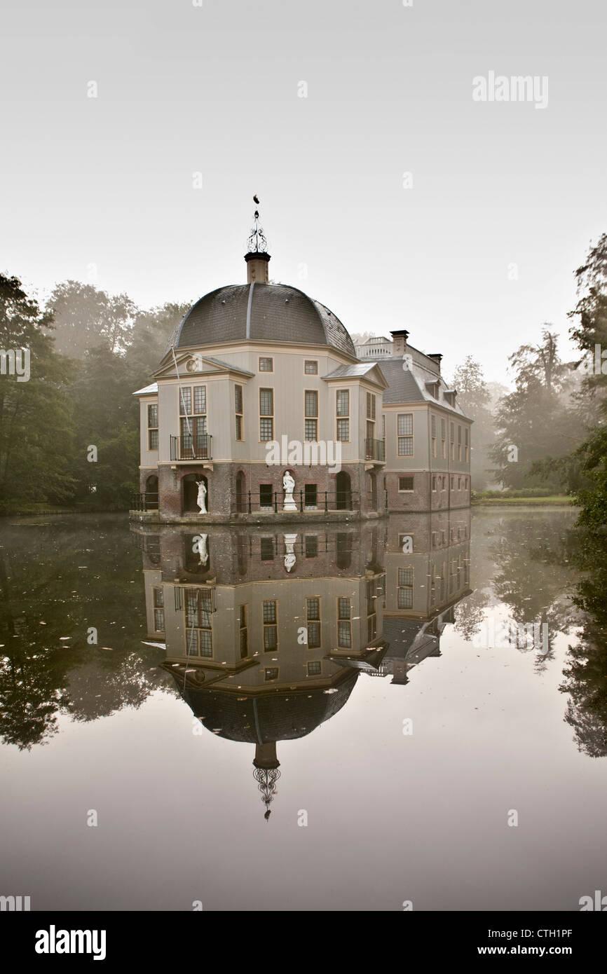Los Países Bajos, 's-Graveland, Rural Finca llamada Trompenburgh. Imagen De Stock