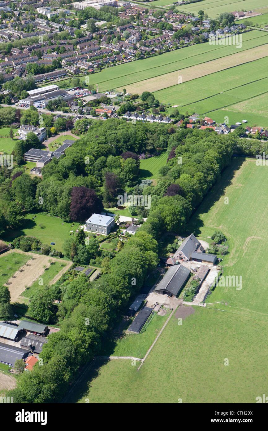 Los Países Bajos, 's-Graveland, antena. Spanderswoud finca rural. Antena Imagen De Stock