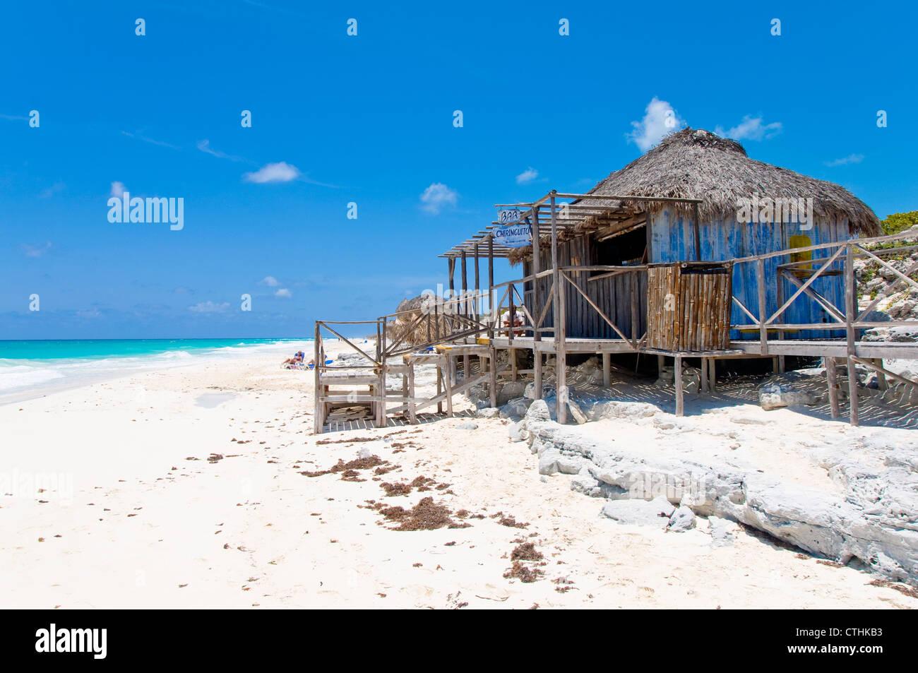 Bar de playa, Cayo Largo, Cuba Foto de stock