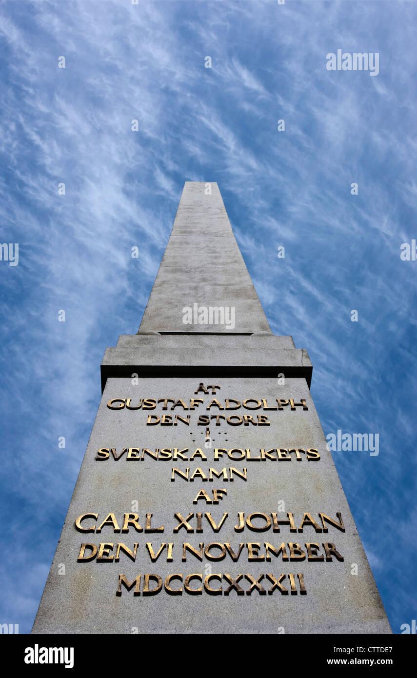 El Gustaf Adolf zócalo de piedra en el centro de Uppsala, Suecia. Foto de stock