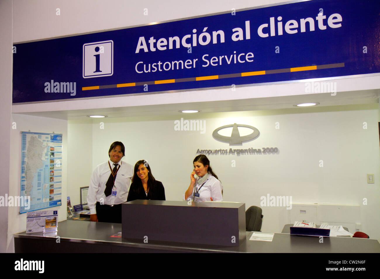 Mendoza Argentina Aeropuerto Internacional Gobernador Francisco Gabrielli y el terminal del Aeropuerto Internacional Foto de stock