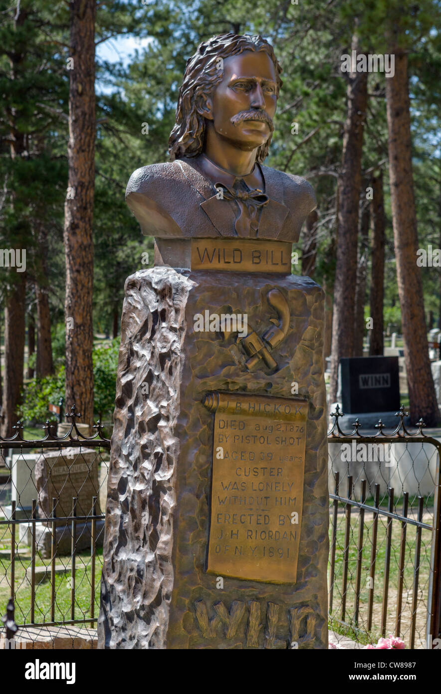 La tumba de Wild Bill Hickok en el Monte Moriah Cemetery, Deadwood, Dakota del Sur, EE.UU. Foto de stock