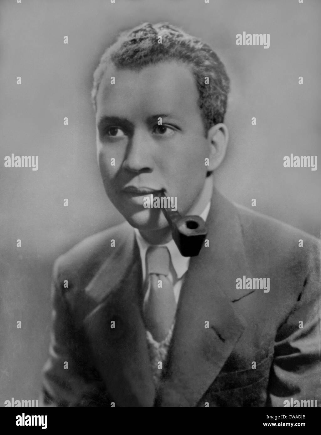 """Frank Yerby (1916-1991), novelista histórico afroamericana mejor conocido por """"El hombre de Dahomey"""" Imagen De Stock"""