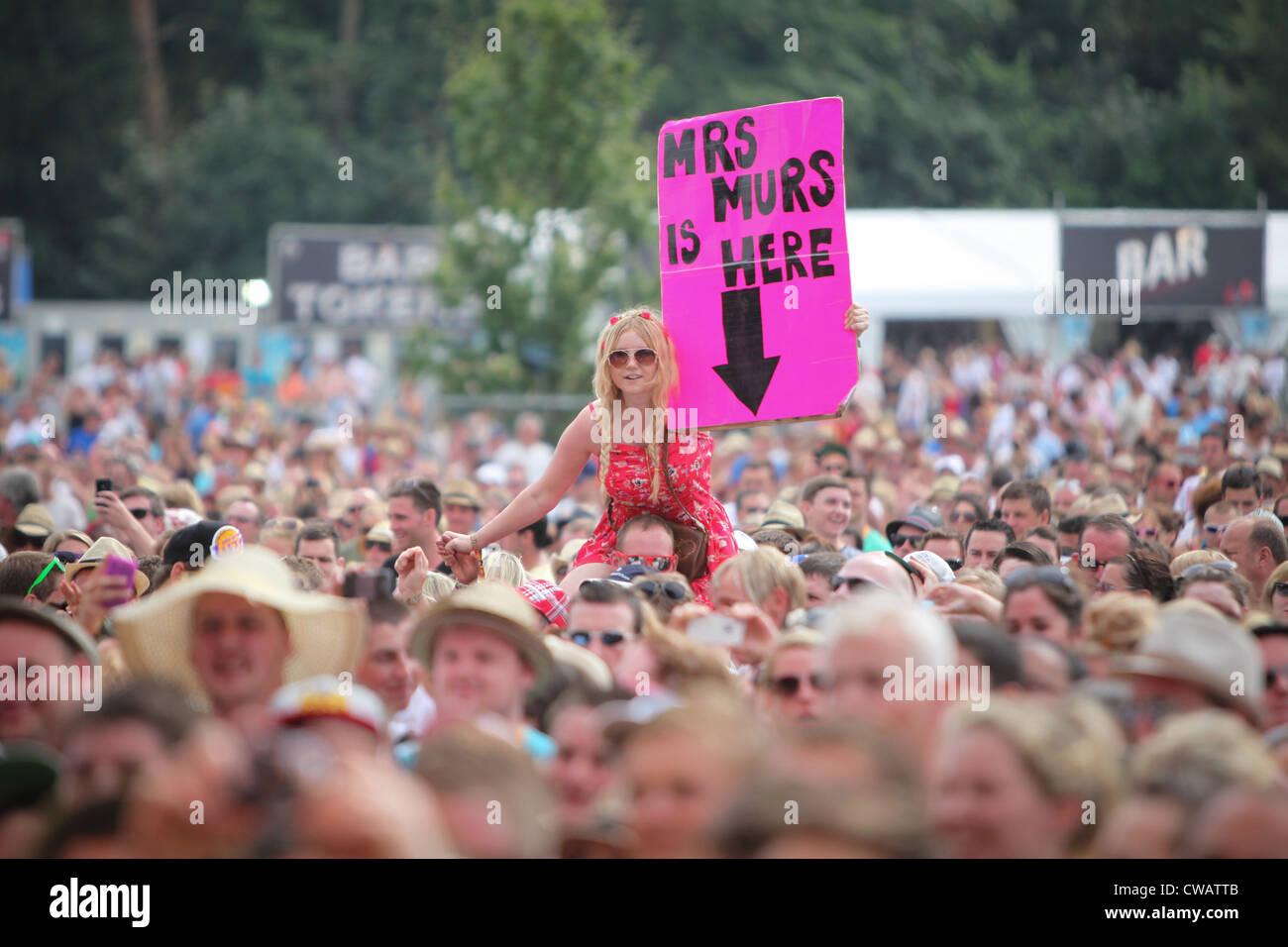 Proposal Funny Imágenes De Stock & Proposal Funny Fotos De Stock - Alamy