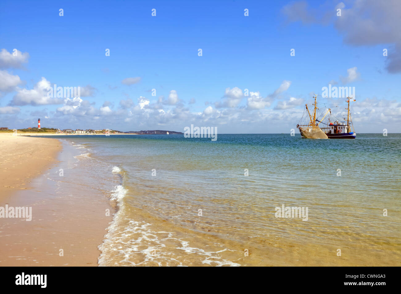 Arrastrero, Hornum, Faro, Sylt, Mar del Norte, Schleswig-Holstein, Alemania Foto de stock