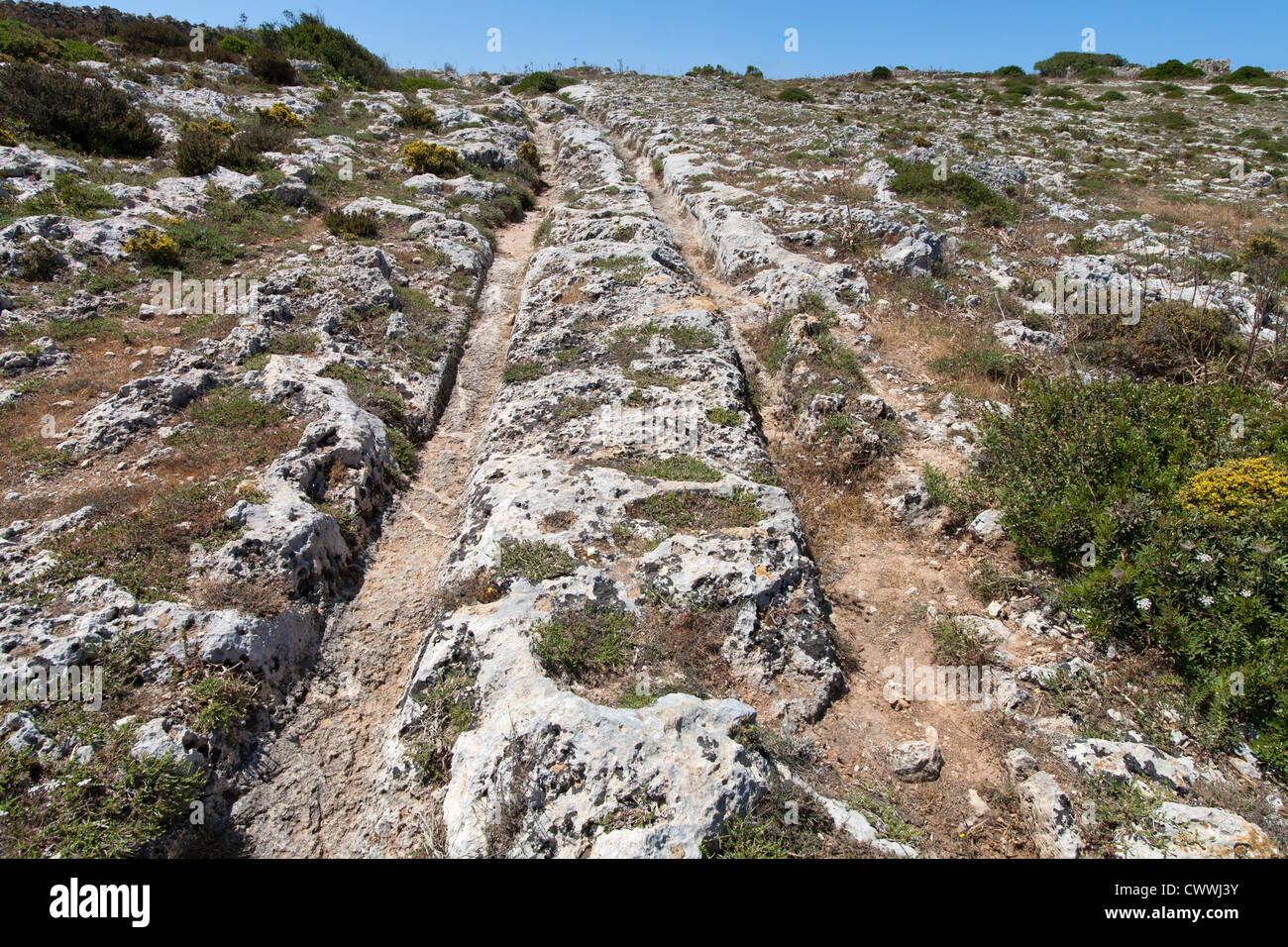 El misterioso carrito roderas en Clapham Junction, Isla de Malta, el Mar Mediterráneo Foto de stock