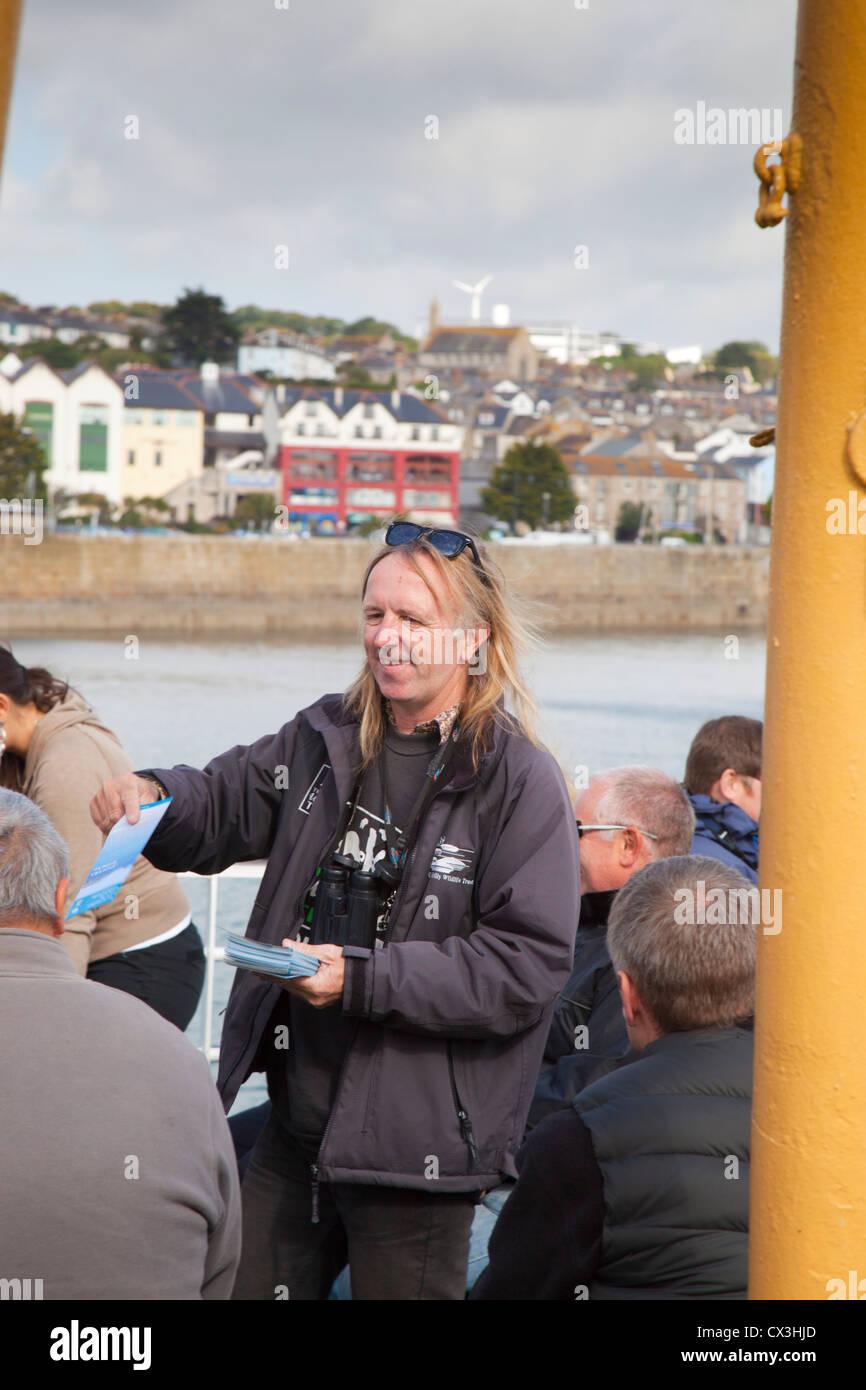 Viaje Scillonian dejando Penzance, Cornwall, Reino Unido Imagen De Stock