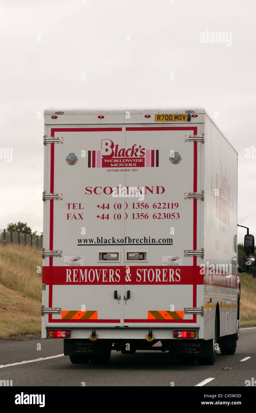 Los negros de Escocia extracción camión Imagen De Stock